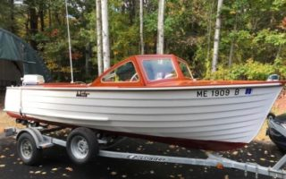 SOLD – 17′ One-Family 1962 Lapstrake Runabout by White Canoe Co. Thumbnail Image